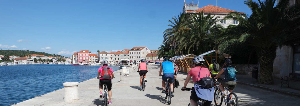 Croatia coastline cycling is a wonderful way to have active vacations